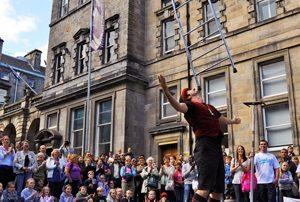 Edinburgh Fringe Street Performer
